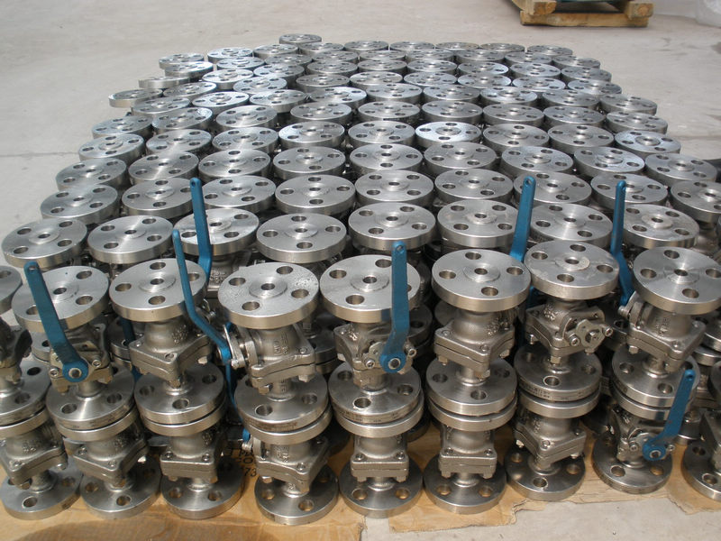 two pieces body cast steel floating ball valve