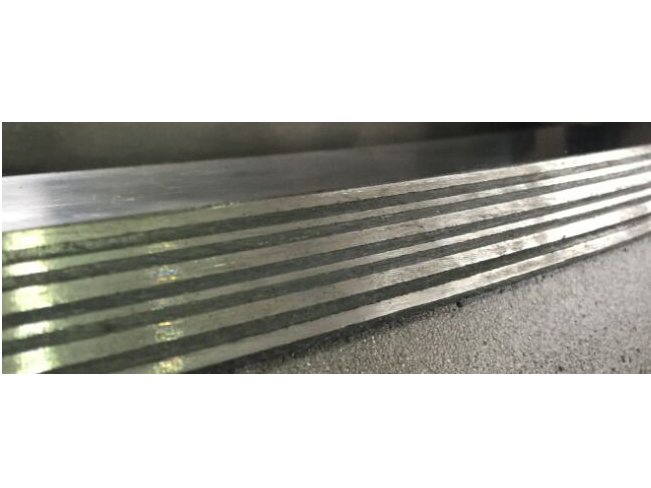 triple offset multilayer metal seal structure