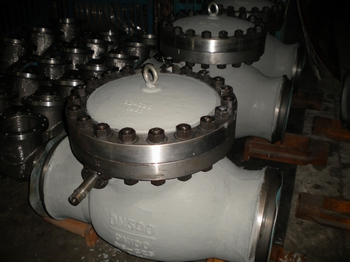 PN100 DN300 SWING CHECK VALVE WITH COUNTERWEIGHT