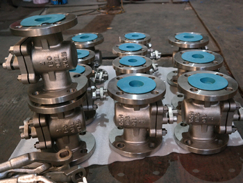 Duplex 904L sleeved plug valves